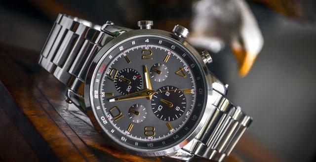 Die passende Armbanduhr als Student finden